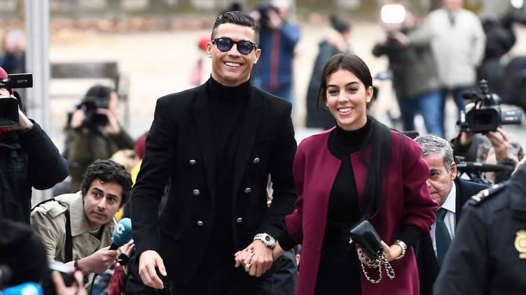 ثنائيات المشاهير الأكثر ربحاً في انستغرام.. رونالدو وجورجينا في المقدمة