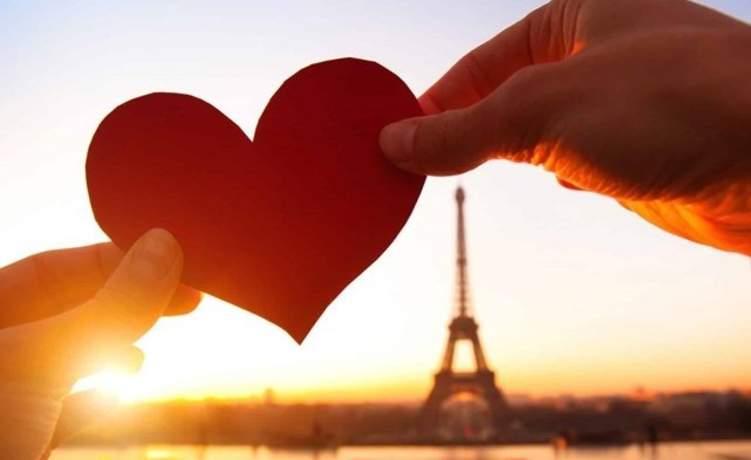 """""""فيزا الحب"""" تأشيرة جديدة تجمع شمل العشاق"""