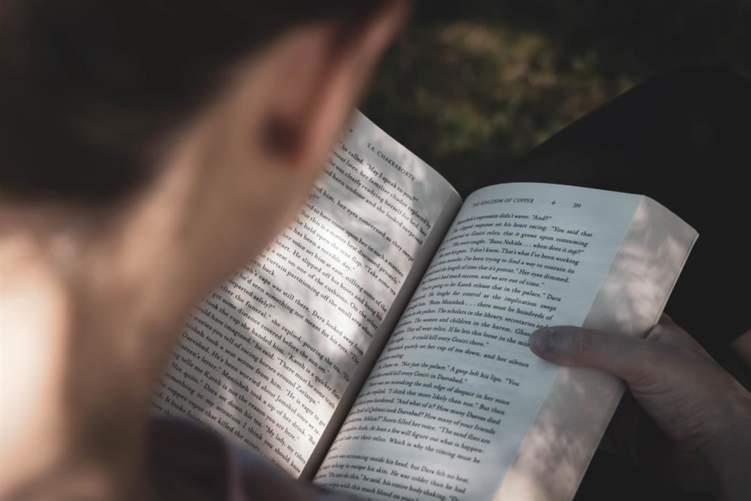 """""""العلاج الكتابي"""" وصفة تخلصك من الاكتئاب والرهاب الاجتماعي"""