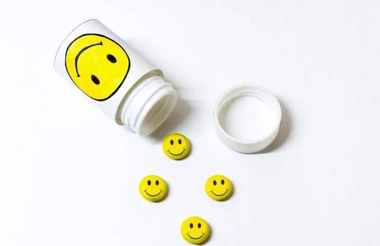 """ماذا تعرف عن """"فيتامينات السعادة""""؟"""