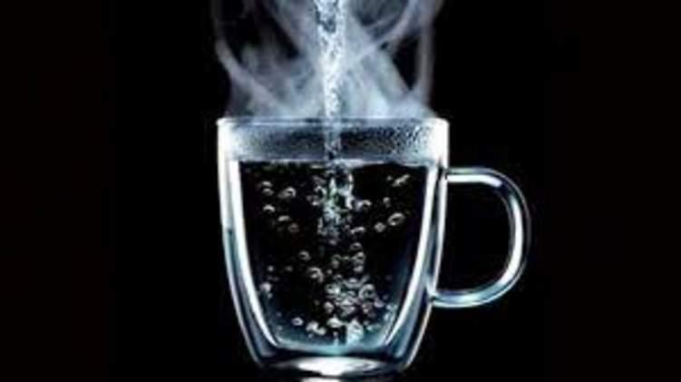 فوائد لا تخطر على البال لاستخدام الماء الدافئ