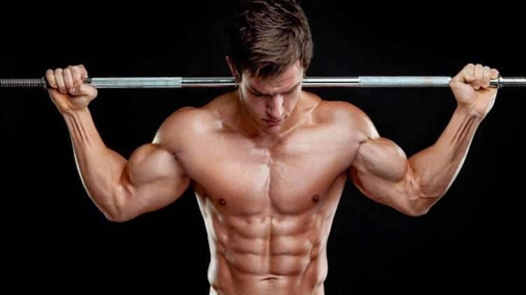 """هل """"رمضان"""" هو الشهر المناسب لبناء العضلات؟"""