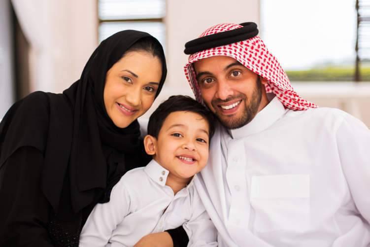 بعيداً عن شراء الملابس.. كيف تسعد أطفالك في العيد؟