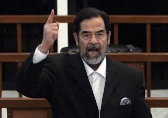 آبل تعيد صدام حسين الي الحياة و تزعم شرائه آيفون حديث