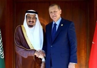 السعودية وتركيا توقعان 8 اتفاقيات استثمارية