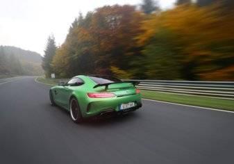 سيارة GT R من مرسيدس-AMG: وحش الجحيم الأخضر