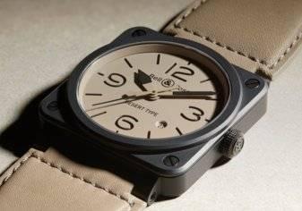 ساعة BR 03 Desert Type: عسكريّة بطبيعتها