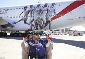 """صور.. """"طيران الإمارات"""" تدشن طائرة ريال مدريد"""