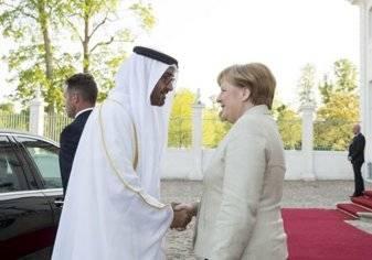 ميركل تبحث مع الإمارات تعزيز التعاون الاقتصادي والقضايا الإقليمية