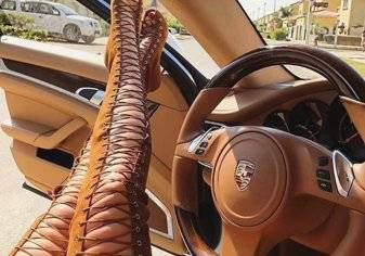 من هي حسناء دبي التي أشعلت موقع انستغرام بأسطول سياراتها الفارهة؟