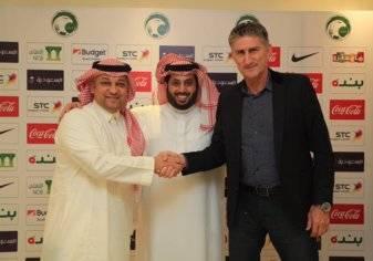 مدرب الإمارات يقود السعودية في كأس العالم