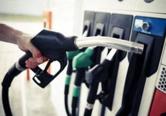 الإمارات تخفض أسعار البنزين لشهر نوفمبر