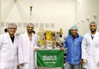 السعودية تغزو القمر في رحلة فضائية