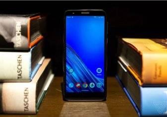 بالصور- موتورولا تكشف عن هاتفها الذكي Moto E6 الجديد.. والسعر؟