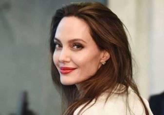 إيرادات صادمة لفيلم أنجلينا جولي الجديد