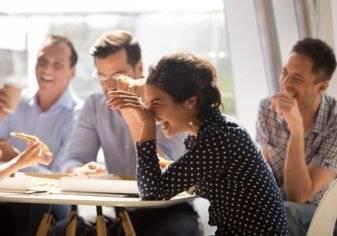 ما تأثير الضحك على صحة الإنسان؟