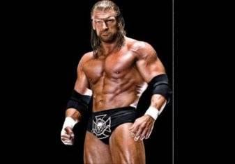 شاهد .. تربل اتش يسخر من WWE