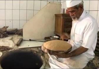 """سعوديون يتهافتون على شراء """"الخبز الأحمر"""" في رمضان.. فما قصته؟"""