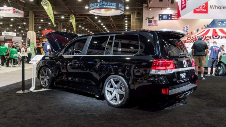 toyota-land-speed-cruiser-sema-2016.jpg