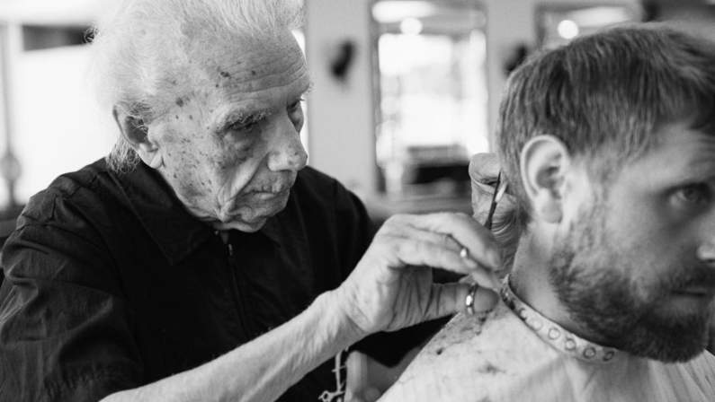 127-112649-hairstyling-barber-italy-oldman-4.jpeg