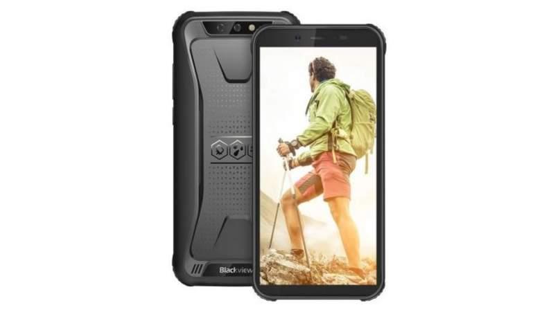 blackview-bv5500-pro-design-black-shark-prezzo-offerta-02-696x392.jpg