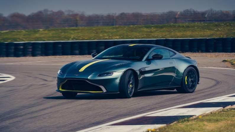 Aston_Martin-Vantage_AMR-2020-1024-03.jpg