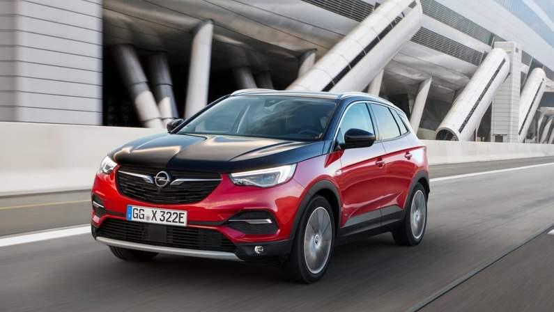 Opel-Grandland_X_Hybrid4-2019-1024-07.jpg