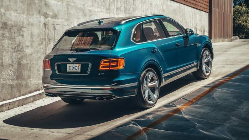 Bentley-Bentayga_Hybrid-2019-1024-1f.jpg