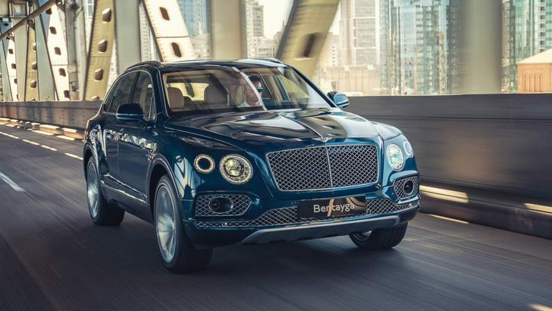 Bentley-Bentayga_Hybrid-2019-1024-11.jpg