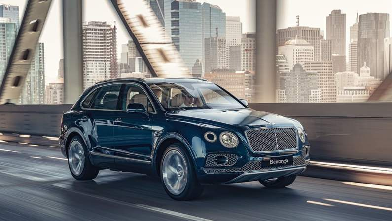 Bentley-Bentayga_Hybrid-2019-1024-12.jpg