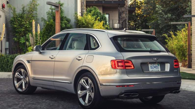 Bentley-Bentayga_Hybrid-2019-1024-19.jpg