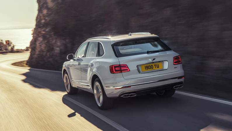 Bentley-Bentayga_Hybrid-2019-1024-22.jpg