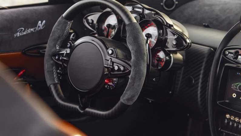 Pagani-Huayra_Roadster_BC-2020-1024-1a.jpg
