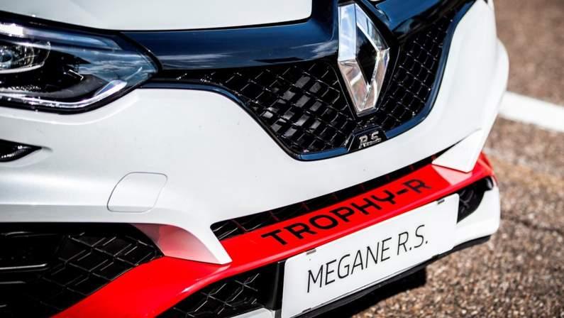 Renault-Megane_RS_Trophy-R-2020-1024-37.jpg