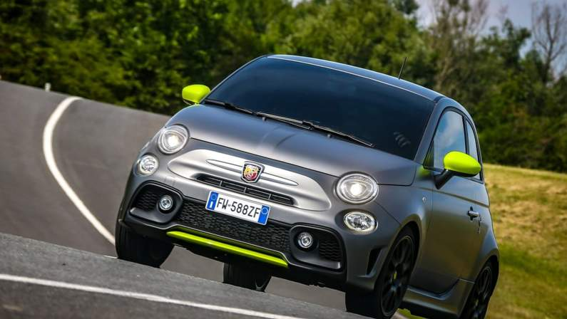 Fiat-595_Abarth_Pista-2020-1024-05.jpg