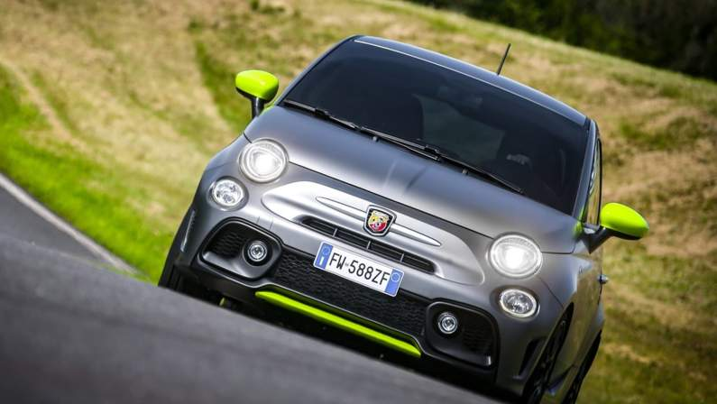 Fiat-595_Abarth_Pista-2020-1024-08.jpg