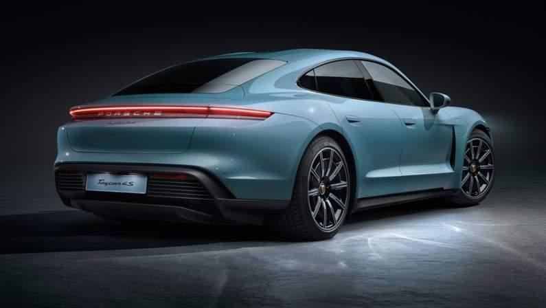 Porsche-Taycan_4S-2020-1024-06.jpg