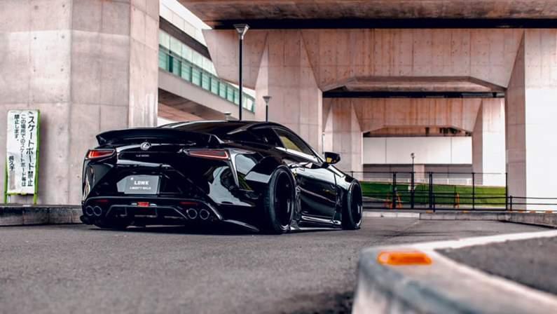 Lexus-LC500-Liberty-Walk-4 (1).jpg