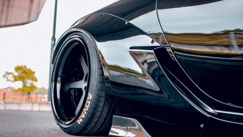 Lexus-LC500-Liberty-Walk-7.jpg