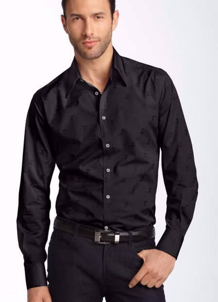 القميص السوداء هذا الموسم