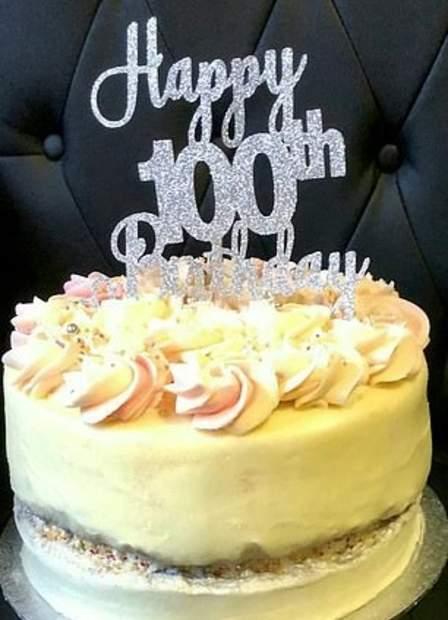1618758382_13_75-سنة-جواز-زوجان-بريطانيان-يحتفلان-بعيد-ميلادهما-الـ-100.jpg