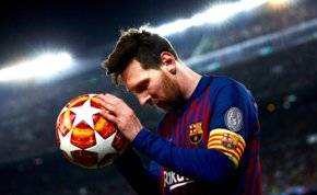 ميسي لن يجدد عقده مع برشلونة