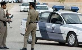 فيديو مثير لسائق يطلق النار على المركبات في السعودية