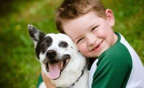 كيف تؤثر تربية الكلاب على سلوكيات أطفالنا؟