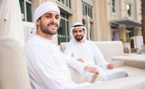 كم بلغ عدد الإماراتيين في دبي؟