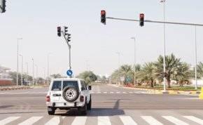 51 ألف درهم.. عقوبة تجاوز الإشارة الحمراء في أبوظبي