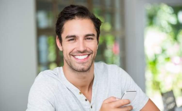 """سحر """"الابتسامة"""" على الصحة والمزاج.. تعرف إلى فوائدها"""