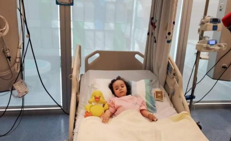 مستشفى الجليلة تنجح في حقن طفلة بأغلى دواء في العالم