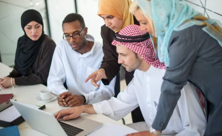 تعرف على توجهات سوق العمل في الإمارات خلال الثلاث أشهر القادمة