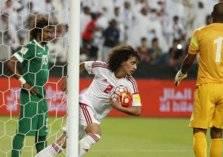 التعادل يحسم القمة الخليجية بين الإمارات والسعودية بتصفيات المونديال